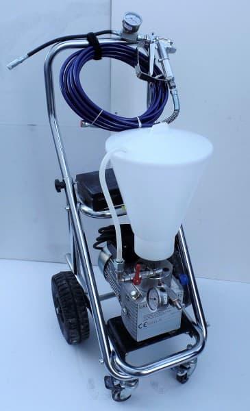 Verpressgerät mit Edelstahlpumpe für Rissverpressung auf Wagen